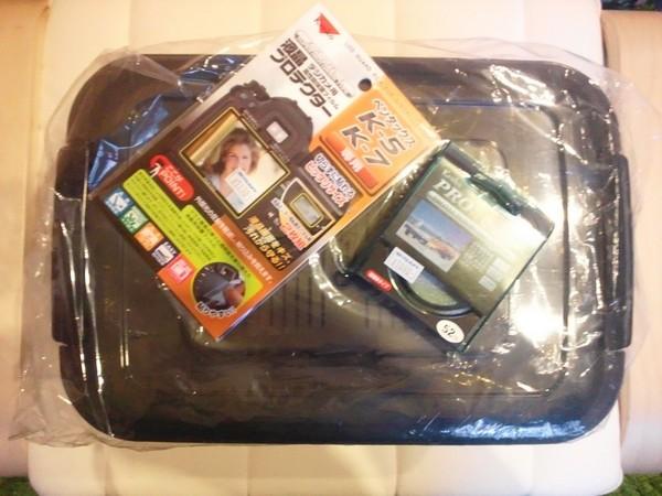 レンズプロテクタとか液晶シートとかケースを買いました