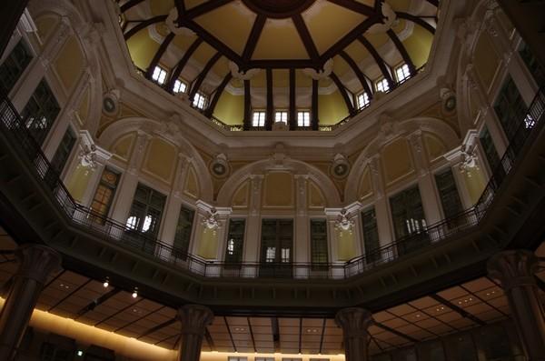 東京駅駅天井