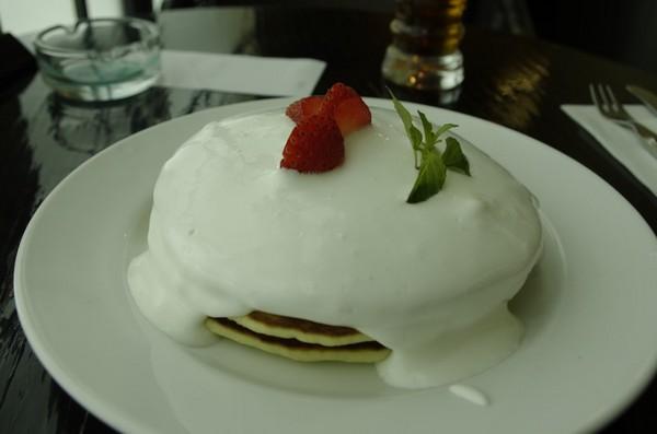 スノーホワイトパンケーキ