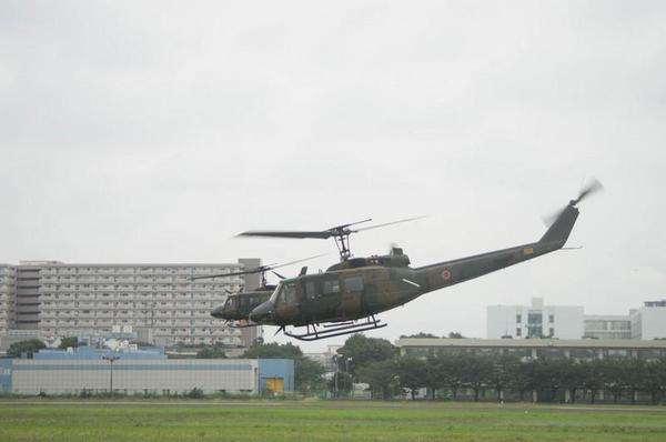 離陸するUH-1