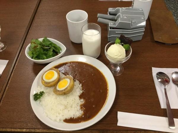 間宮さんのおすすめ甘味と定食セット