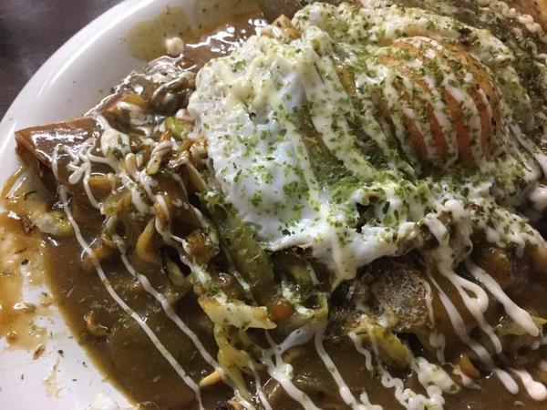 花金焼き(カレー&お好み焼き)