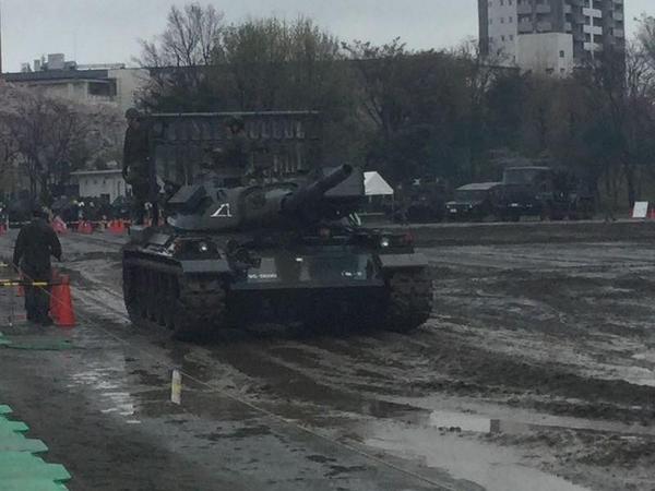 74式戦車に試乗