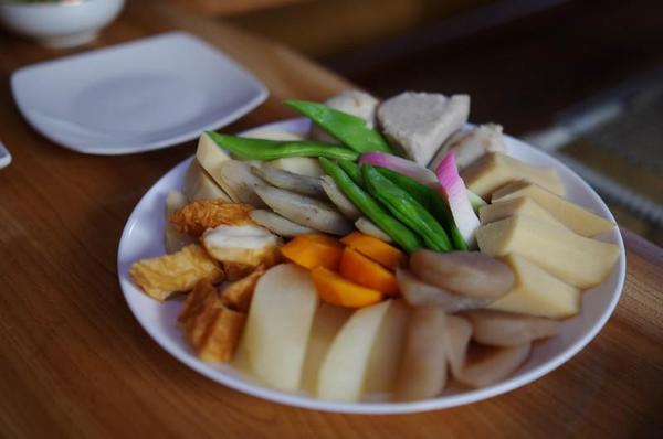 農家民宿 ゆずの里いづみ 地元の食材を使った昼食 煮物