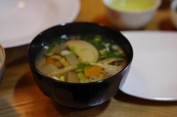 農家民宿 ゆずの里いづみ 地元の食材を使った夕食 そば米雑炊