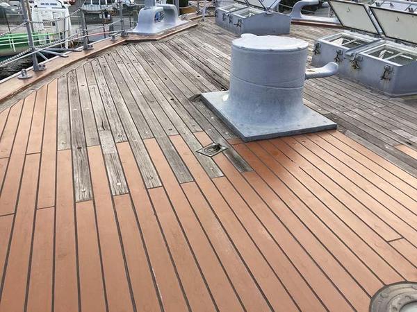 記念艦三笠の後部甲板
