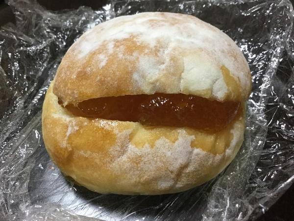 横須賀ベーカリーのフランスパン