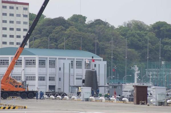 逸見に潜水艦が停泊していました