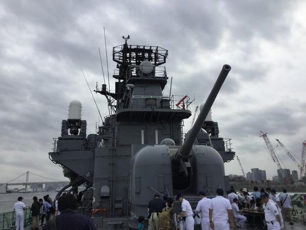 73式54口径5インチ単装速射砲(後部)