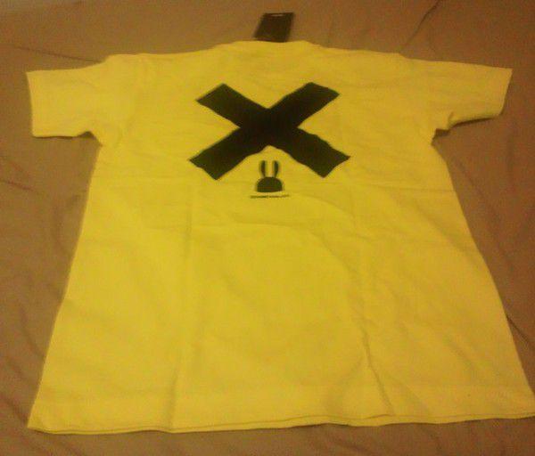 CUNEのTシャツ